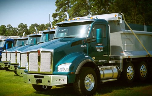 Jerry T. Bunn Trucking and Kenworth T880s